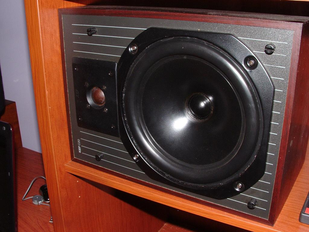 KEF C20 Speakers http://www.bitaudioworld.it/forum/showthread.php?t=1960&page=1